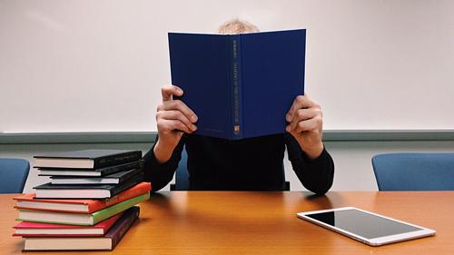 Nem véleményezheti az új érettségi vizsgamodellt a Magyartanárok Egyesülete
